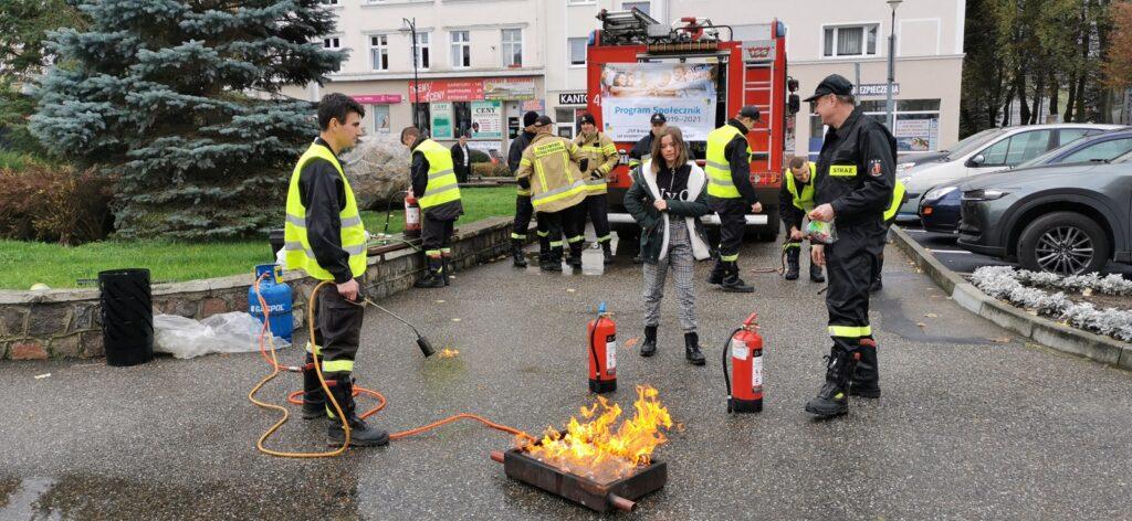 Jak zgasić pożar ? OSP Broczyno prowadzi szkolenia dla mieszkańców