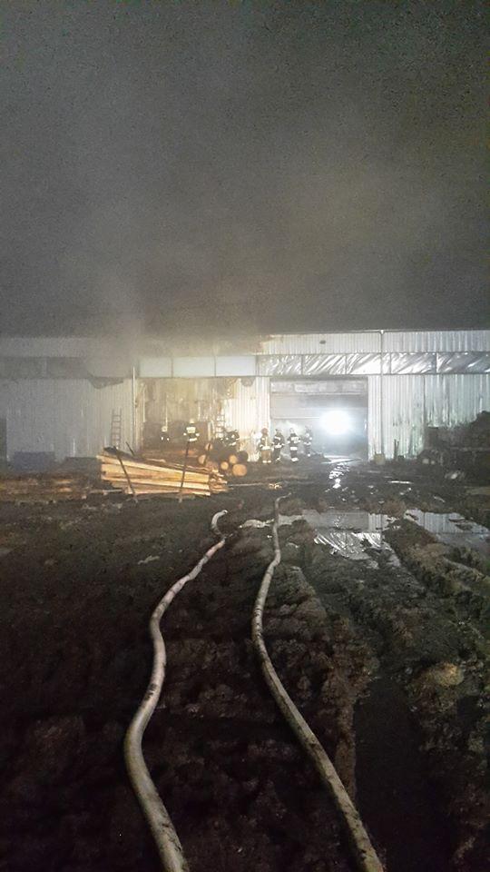 Strażacy z Łobza walczyli w Wigilię z pożarami