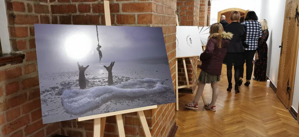 L. Paradowski - tym razem wystawia swoje dzieła w Świdwinie