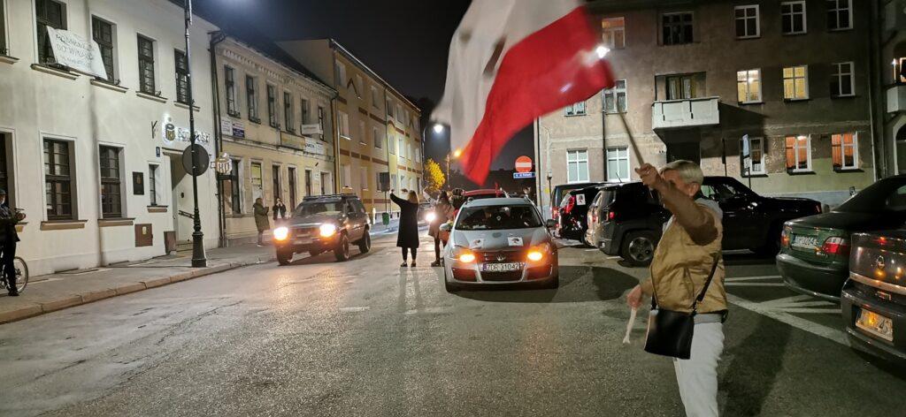 250 samochodów wyjechało na ulice w Złocieńcu. Mieszkańcy ponownie głośno protestowali
