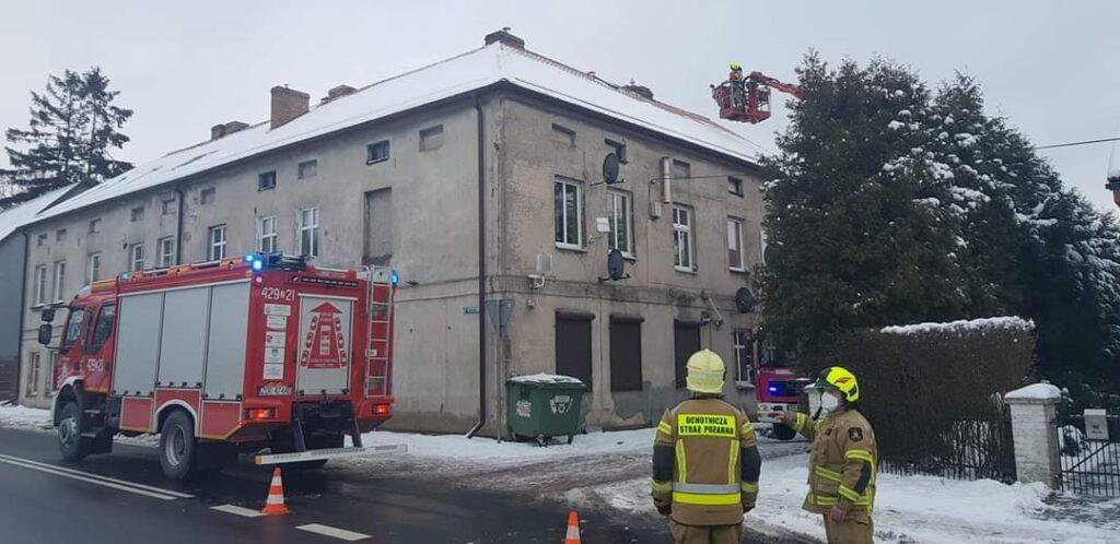 Pożar w kominie w kamienicy w Czaplinku