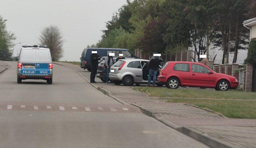 Policjanci z Drawska Pomorskiego i Złocieńca zatrzymali aż sześć osób w związku z posiadaniem środków odurzających [WIDEO]