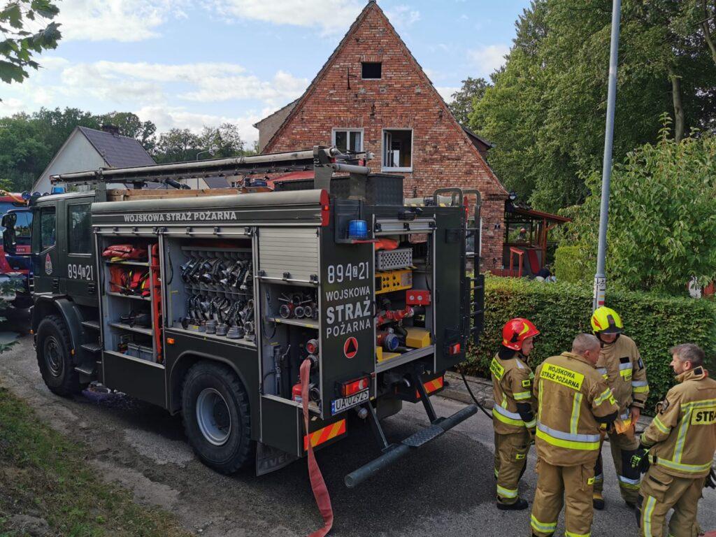 Pożar poddasza w budynku przy ul. Kolejowej w Złocieńcu