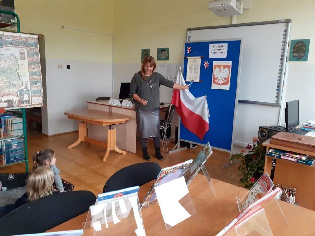 Przedszkolaki odwiedziły czaplinecką bibliotekę